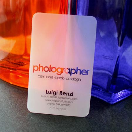 Transparente Visitenkarten aus Kunststoff