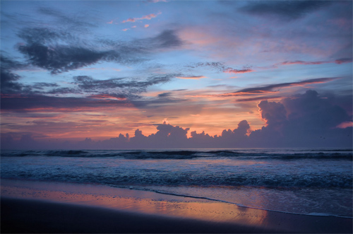 (HDR) red skies in the morning- sailors take warning